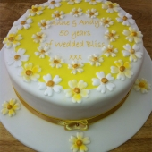 Picture of Golden Wedding Cake