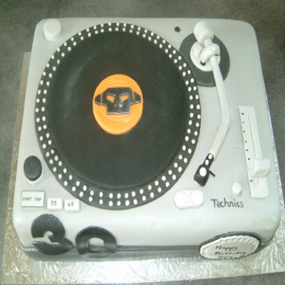 Picture of Mixer Deck Cake