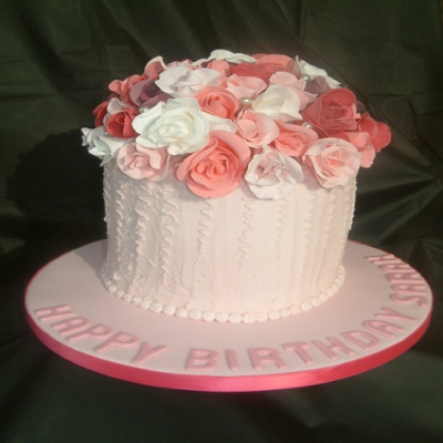 Picture of Rose Bouquet Cake
