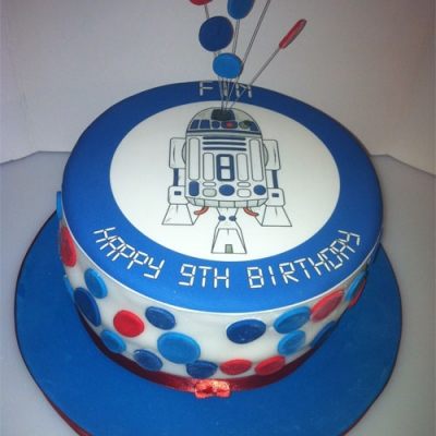 Picture of R2D2 Round Cake